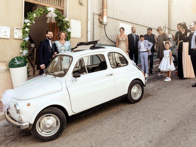 Il matrimonio di Laura e Enzo a Vallelunga Pratameno, Caltanissetta 24