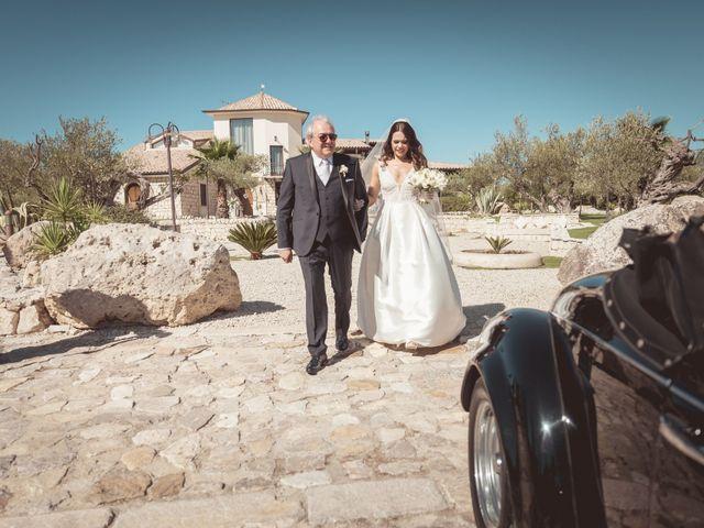 Il matrimonio di Laura e Enzo a Vallelunga Pratameno, Caltanissetta 52