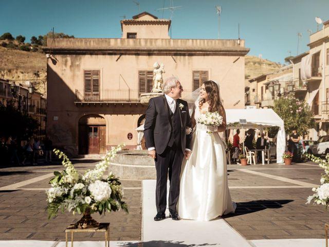 Il matrimonio di Laura e Enzo a Vallelunga Pratameno, Caltanissetta 75