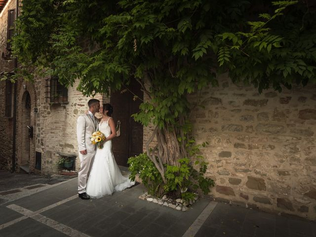 Il matrimonio di Giorgio e Lucia a Torgiano, Perugia 31
