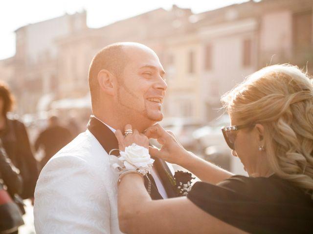 Il matrimonio di Michele e Daniela a Comacchio, Ferrara 13