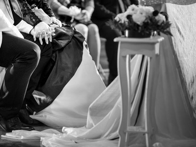 Il matrimonio di Michele e Daniela a Comacchio, Ferrara 25