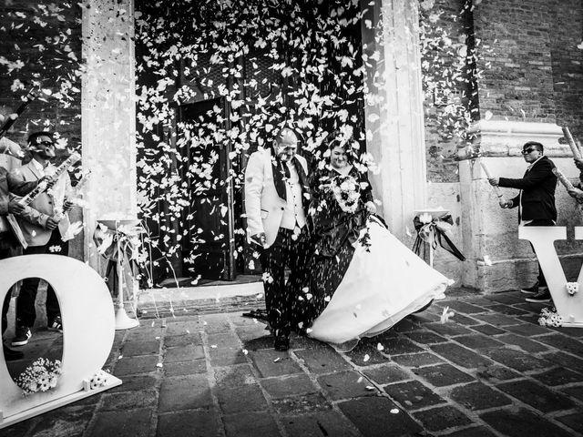 Il matrimonio di Michele e Daniela a Comacchio, Ferrara 28