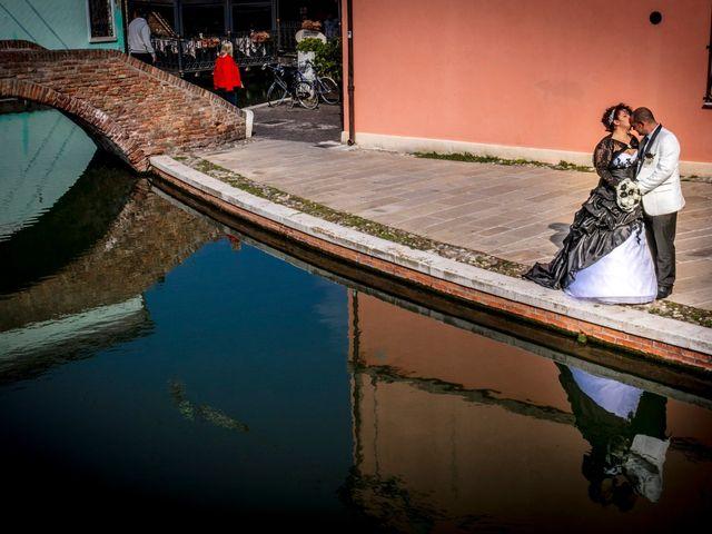 Il matrimonio di Michele e Daniela a Comacchio, Ferrara 37