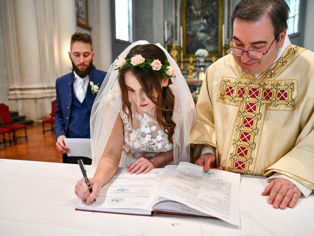Il matrimonio di Cristian e Desy a Castiglione delle Stiviere, Mantova 10