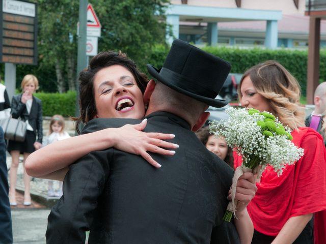 Il matrimonio di Massimiliano e Sonia a Verrone, Biella 8