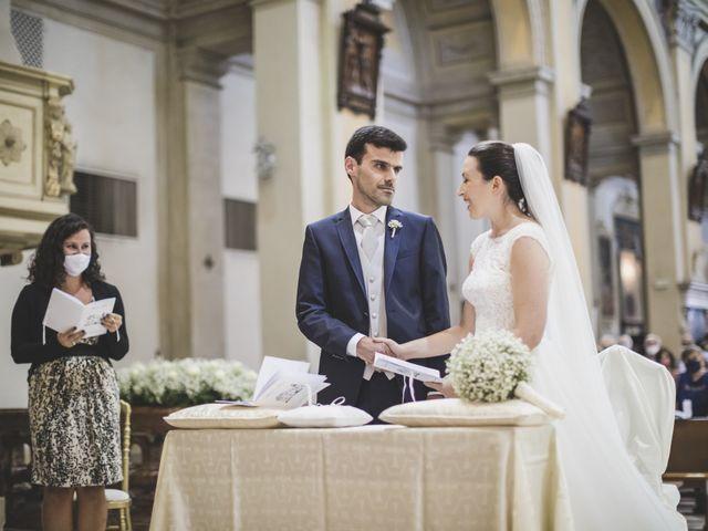 Il matrimonio di Luca e Chiara a Belgioioso, Pavia 32