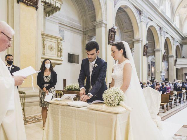Il matrimonio di Luca e Chiara a Belgioioso, Pavia 33