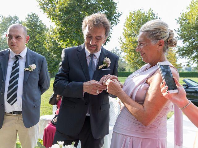 Il matrimonio di Mario e Anna a Maretto, Asti 43