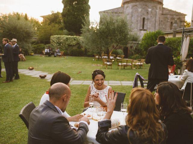Il matrimonio di Laurence e Marie a Cascina, Pisa 25