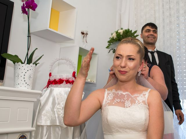 Il matrimonio di John e Adina Maria a Varese, Varese 7