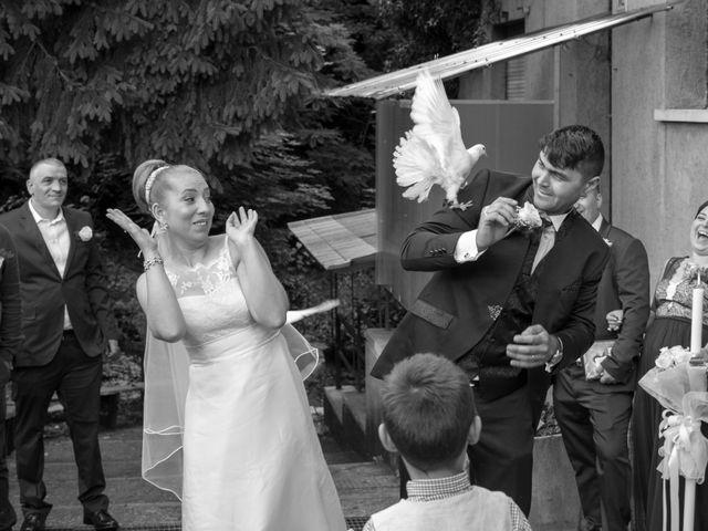 Il matrimonio di John e Adina Maria a Varese, Varese 9