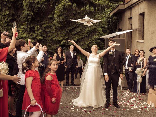 Il matrimonio di John e Adina Maria a Varese, Varese 10