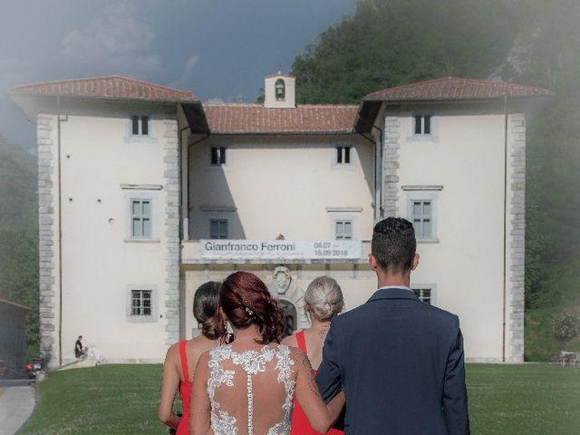 Il matrimonio di Roberto  e Manuela a Seravezza, Lucca 5