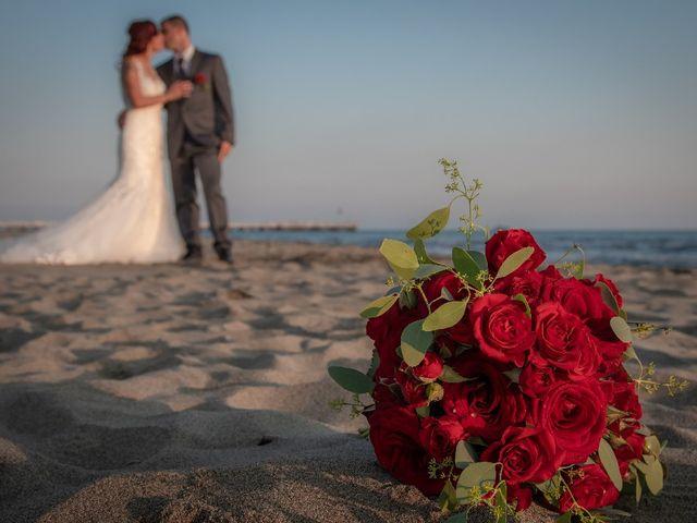 Il matrimonio di Roberto  e Manuela a Seravezza, Lucca 12