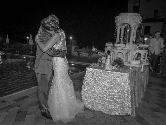 Il matrimonio di Roberto  e Manuela a Seravezza, Lucca 19