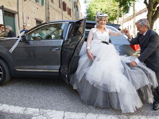 Il matrimonio di Luca e Stefania a Cupramontana, Ancona 7