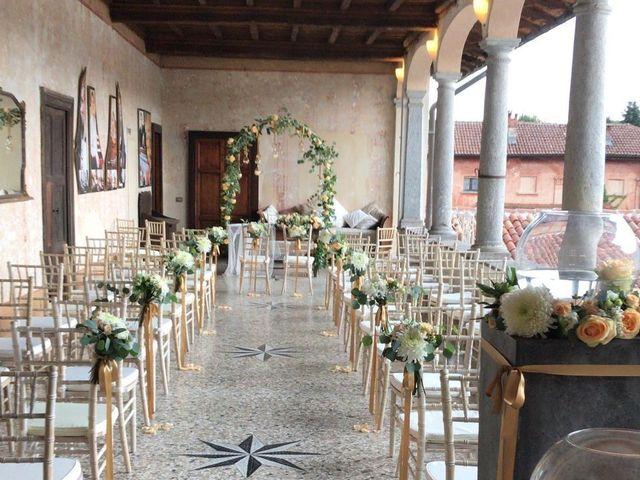 Il matrimonio di Luca e Valentina a Bodio Lomnago, Varese 15