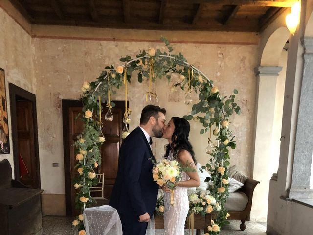 Il matrimonio di Luca e Valentina a Bodio Lomnago, Varese 19