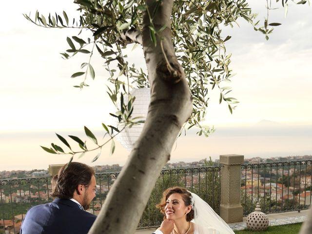 Il matrimonio di Nicola e Emanuela a Capo d'Orlando, Messina 16