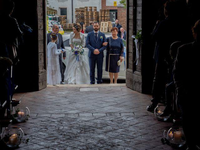 Il matrimonio di Massimo e Elena a Padenghe sul Garda, Brescia 35