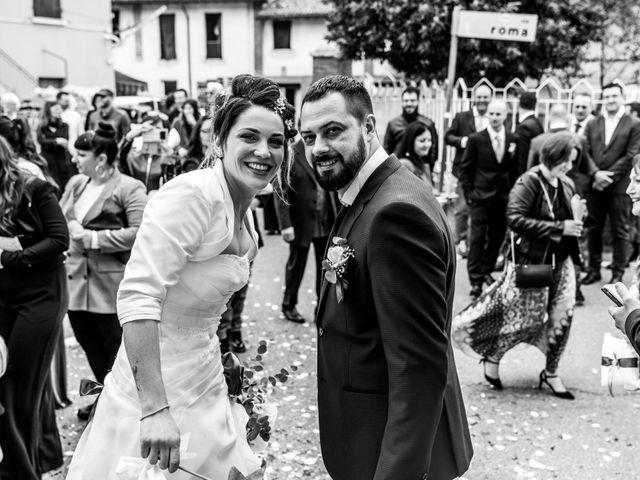 Il matrimonio di Massimo e Elena a Padenghe sul Garda, Brescia 54