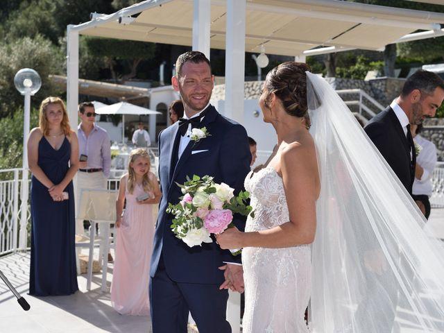 Il matrimonio di Erika e Coy a Massa Lubrense, Napoli 40