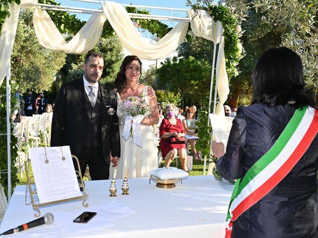 Il matrimonio di Felice e Mihaela a San Vito dei Normanni, Brindisi 10