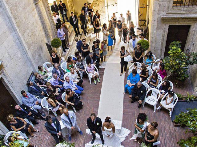 Il matrimonio di Roberto e Stefania a Ascoli Piceno, Ascoli Piceno 19