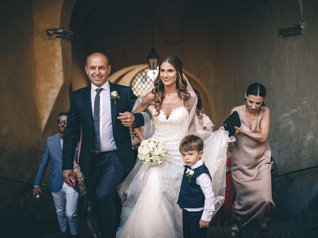 Il matrimonio di Mattia e Vittoria a Serra de' Conti, Ancona 19