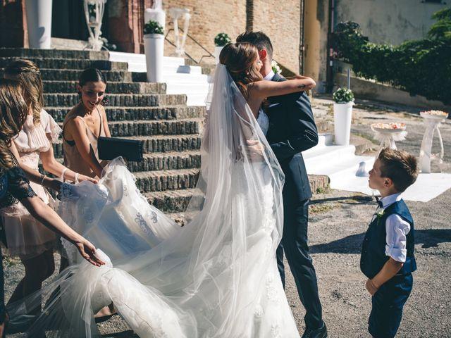 Il matrimonio di Mattia e Vittoria a Serra de' Conti, Ancona 21