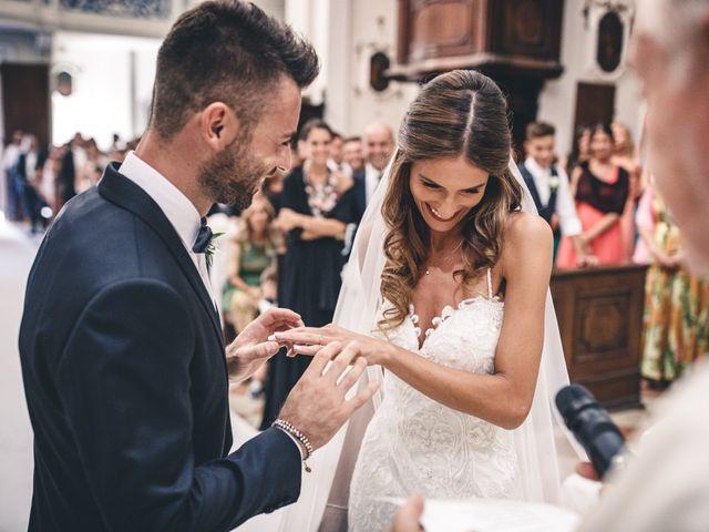 Il matrimonio di Mattia e Vittoria a Serra de' Conti, Ancona 25