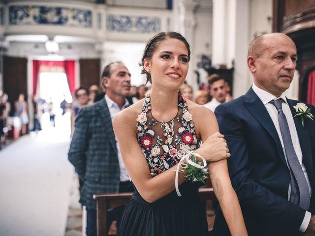 Il matrimonio di Mattia e Vittoria a Serra de' Conti, Ancona 30