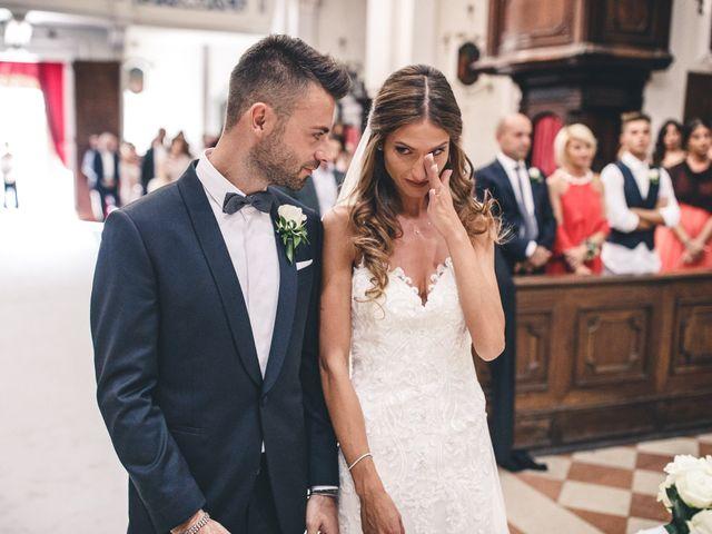 Il matrimonio di Mattia e Vittoria a Serra de' Conti, Ancona 31