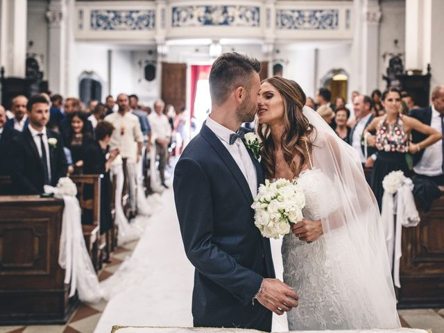Il matrimonio di Mattia e Vittoria a Serra de' Conti, Ancona 34