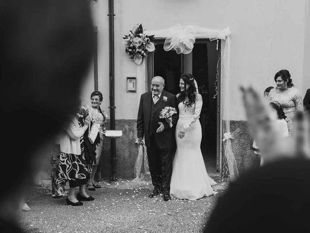 Il matrimonio di Enzo e Felicia a Petilia Policastro, Crotone 16