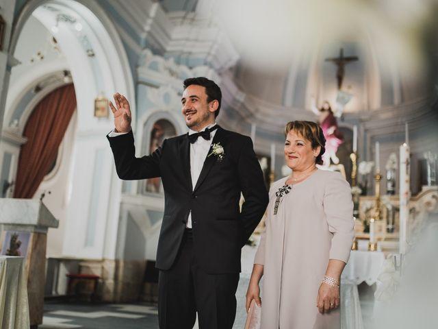 Il matrimonio di Enzo e Felicia a Petilia Policastro, Crotone 18