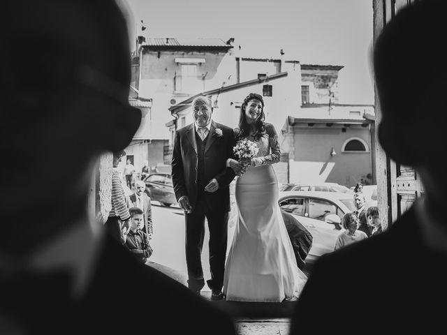 Il matrimonio di Enzo e Felicia a Petilia Policastro, Crotone 19