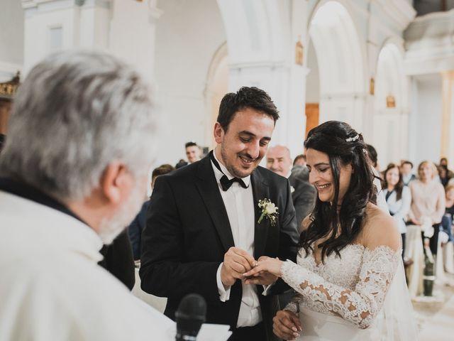 Il matrimonio di Enzo e Felicia a Petilia Policastro, Crotone 22