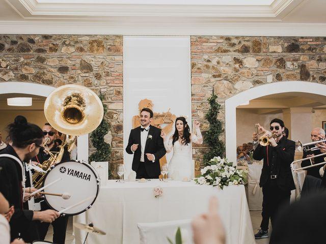 Il matrimonio di Enzo e Felicia a Petilia Policastro, Crotone 30