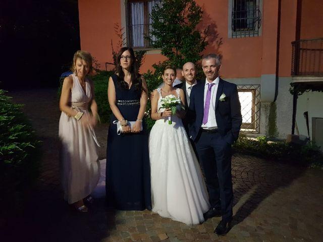 Il matrimonio di Christian  e Chiara  a Oltrona di San Mamette, Como 5
