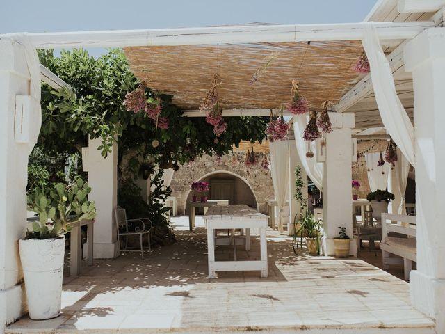 Il matrimonio di Louis e Vanessa a Manduria, Taranto 3