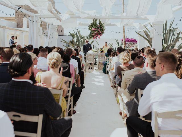 Il matrimonio di Louis e Vanessa a Manduria, Taranto 26