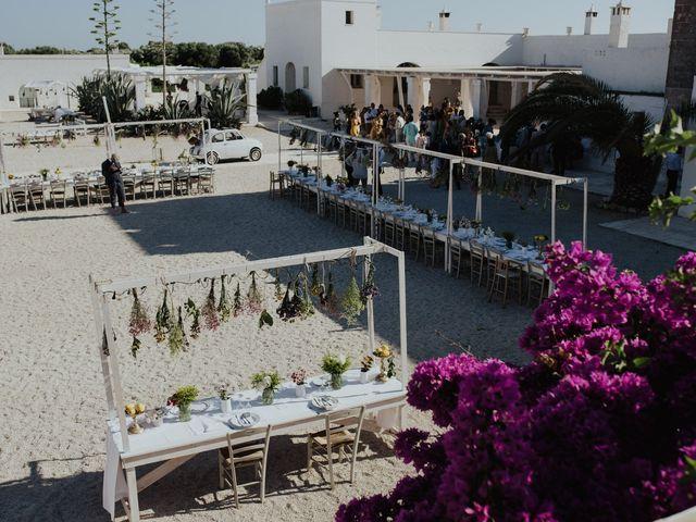 Il matrimonio di Louis e Vanessa a Manduria, Taranto 37