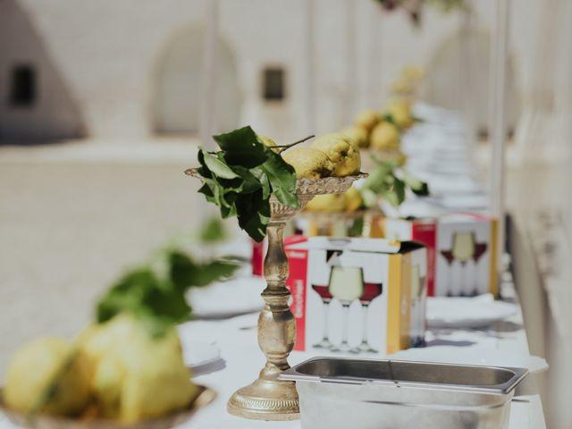 Il matrimonio di Louis e Vanessa a Manduria, Taranto 38
