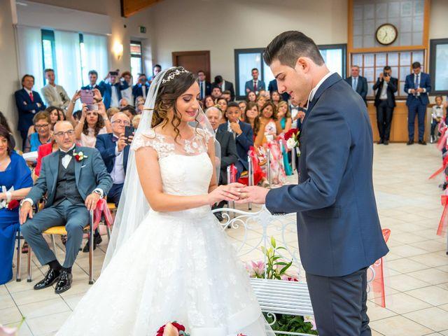 Il matrimonio di Christian e Ilenia a Monasterolo del Castello, Bergamo 28