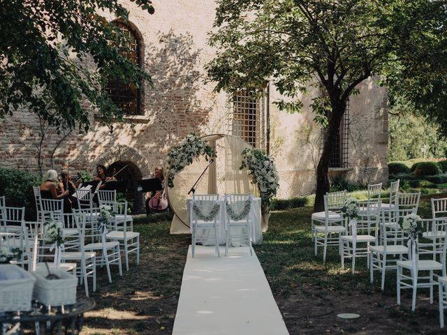 Il matrimonio di Elena e Vittorio a Bevilacqua, Verona 9