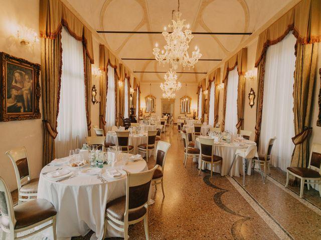 Il matrimonio di Elena e Vittorio a Bevilacqua, Verona 23