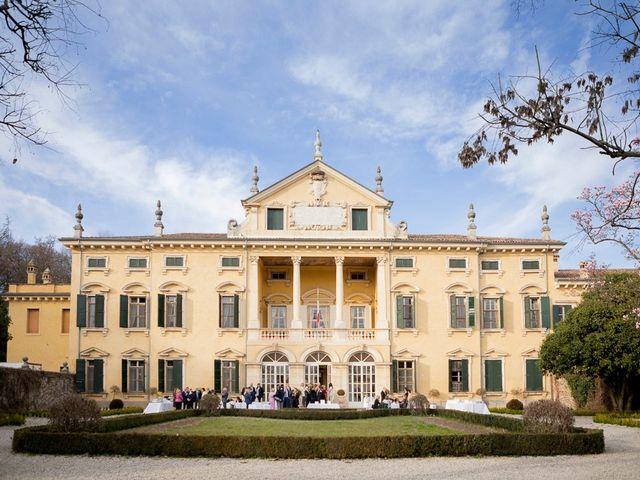 Il matrimonio di Graziano e Mariangela a Valeggio sul Mincio, Verona 21