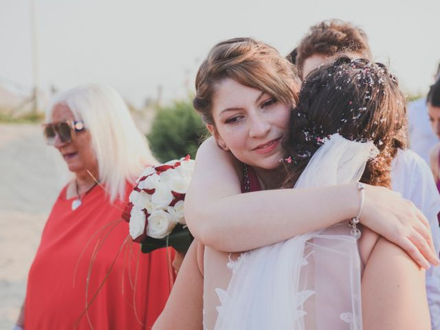 Il matrimonio di Lorenzo e Giulia a Viareggio, Lucca 38